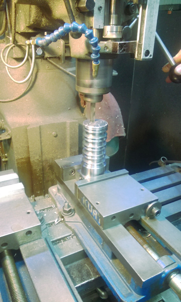 Custom Machining and Manufacturing Metal Parts
